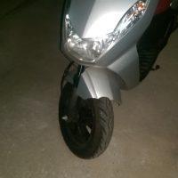 Unfallroller Peugeot Kissbee
